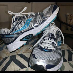 Saucony women shoes
